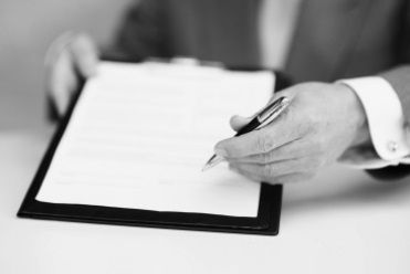 Contrato de adquisición de una empresa