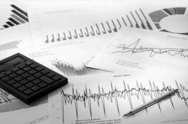 Gráficos y tablas de informes comerciales